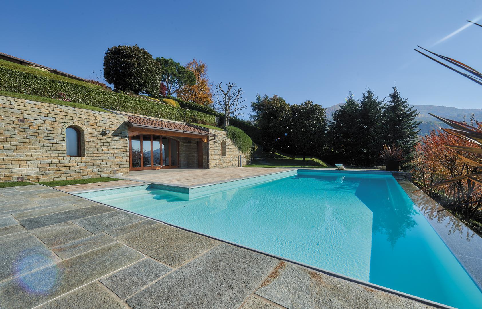 villa-S-rossa-piscina-4